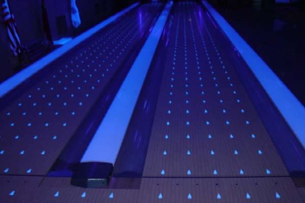 Diamond Glow Synthetic Lane
